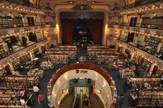 Bibliothek El Ateneo, Buenos Aires, war einst ein Theater, http://www.fr-online.de/reise/boston--dublin--stuttgart-die-zehn-schoensten-bibliotheken-der-welt,1472792,30199350.html