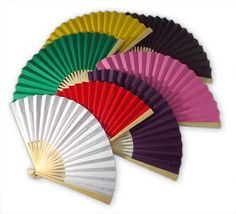 Handheld fan #favors could be the perfect touch for a wedding on a hot summer day!