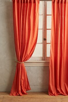 Dottie Curtain - #anthrofave