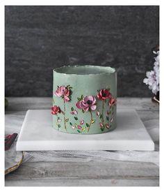 Cake Decorating Piping, Cake Decorating Designs, Cake Decorating Videos, Cake Designs, Buttercream Flower Cake, Cake Icing, Cupcake Cakes, Beautiful Birthday Cakes, Beautiful Cakes