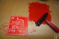 Peindre avec de la mousse en polystyrène