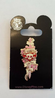 2008 a Pirates Life for Me Girl Heart Sword Skull & Crossbones Disney Pin Trading Collectible Lapel Pin