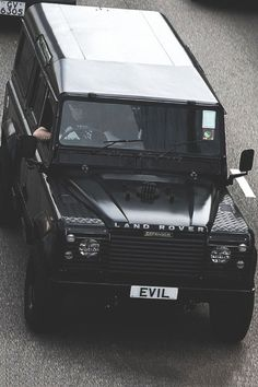 fullthrottleauto:  Land Rover Defender EVIL (by Daryl Chapman...