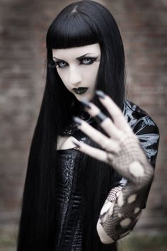 Gothic Ladies   Beauty   Fashion   Costume   Creativity   Couture  