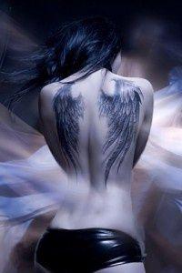 angel-wing-tattoo-designs-7