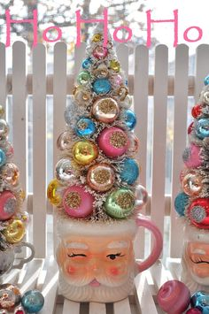 25 Best Shabby Chic Christmas Decoration - Everything Christmas decorations crafts Santa Christmas, Winter Christmas, Christmas Trees, 1950s Christmas, Tabletop Christmas Tree, Christmas Balls, Christmas Projects, Christmas Crafts, Shabby Chic Christmas Decorations