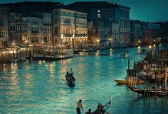 Venice.. I had a blast there in 06' Beautiful Places In The World, Places Around The World, Amazing Places, Amazing Photos, Beautiful Scenery, Wonderful Places, Wonderful Life, Stunningly Beautiful, Beautiful Life