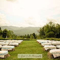 decorated hay bales outdoor ceremong #wedding