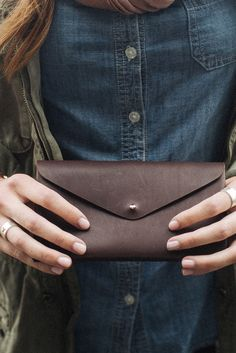 Sudara and Mulxiply are teaming up to provide dignified jobs and fight human trafficking by creating beautifully handmade items, supporting Sudara's mission to create sustainable jobs and create oppor