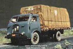 Resultado de imagem para Caminhão FNM BASCULANTE Cool Trucks, Big Trucks, Vintage Trucks, Vintage Ads, Old Lorries, Chevrolet Bel Air, Vw Cars, Nostalgia, Car Advertising