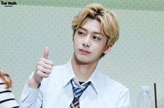 Hyungwon Monsta X memes Jooheon, Monsta X Hyungwon, Meme Faces, Funny Faces, K Pop, Pick Up Line Memes, Monsta X Funny, Rapper, Kpop Memes