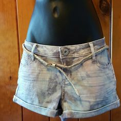 Candie's Golden Tie Dye Shorts Brand New! Never been used! Ordered online but didn't fitted. Super Cute jeans light tie dyed and gold glitter come with a thin gold belt. Perfect for this summer! Candie's Shorts Jean Shorts