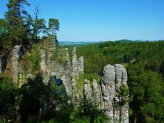 One day trip from Prague to Bohemian Paradise UNESCO Geopark. Summer in Bohemian Paradise in Czech Republic. Best hike tour from Prague Day Trips From Prague, 1 Day Trip, One Day Tour, Hiking Tours, Thing 1, Hidden Places, Travel Activities, Best Hikes, Adventure Is Out There