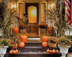 Autumn / Halloween Porch Contest - stop by here to get lots of ideas for decorating your porch for autumn and Halloween. We have oodles of porch decorating ideas here. We usually host an autumn porch decorating contest so watch for dates! Halloween Veranda, Halloween Porch, Outdoor Halloween, Fall Halloween, Halloween Ideas, Thanksgiving Decorations, Seasonal Decor, Halloween Decorations, Outdoor Fall Decorations
