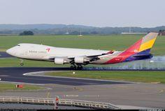 Boeing 747-446F/SCD..