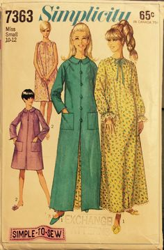 """VTG 7363 Simplicity (1967) """"Simple to Sew"""" robe & nigthgown in 2 lenths. Size Small (10-12).  Complete, unused, FF.  Excellent condition. by ThePatternParlor on Etsy"""
