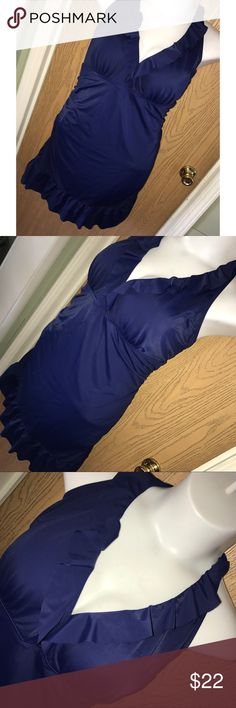 Navy blue ruffle halter neck swim dress Super pretty dark/navy blue ruffle halter swim dress. Has some padding but no underwire. Great used condition. Jaclyn Smith Swim One Pieces