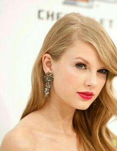 4 all Taylor's swifties