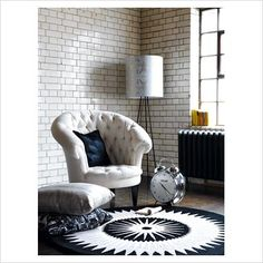 love the chair and the setting