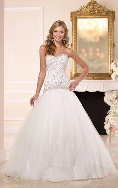 Drop Waist Wedding Dress | Wedding Dresses | Stella York #SoStella #weddingdress