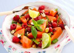 Melon and Rasberry Salad, Vesimeloni-vadelmasalaatti, resepti – Ruoka.fi