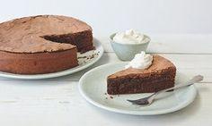 Chocolate rye and cinnamon cake