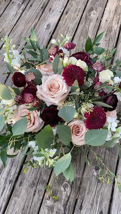 Outdoor Wedding Flowers, Simple Wedding Bouquets, Blush Wedding Flowers, Fall Wedding Centerpieces, Spring Wedding Flowers, Outdoor Wedding Decorations, Wedding Flower Arrangements, Bridesmaid Flowers, Flower Bouquet Wedding