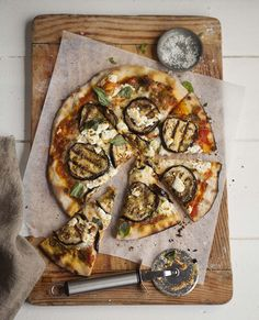 grilled aubergine pizza with basil pesto and goats cheese