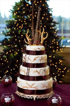 Minus the horns, very pretty cake.
