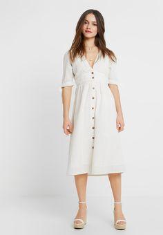 0e9235e3 Vero Moda Petite VMMILA CALF DRESS - Skjortklänning - snow white/oatmeal -  Zalando.se