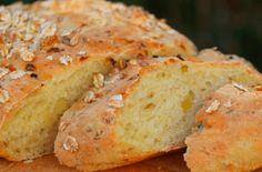 Bienenstich Muffins - Einfache Rezepte Muffins, Banana Bread, Desserts, Super, Ciabatta, Food, Vegan, Apple Cinnamon Cake, Bread Baking