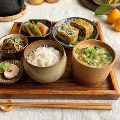 Veggie Recipes, Asian Recipes, Cooking Recipes, Healthy Recipes, Aesthetic Food, Light Recipes, Food Design, Food Presentation, Japanese Food