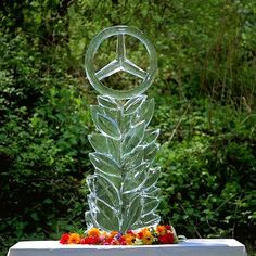 Cooling off on a hot day! Mercedes Benz logo ice sculpture (via instagram) / #mb #mblogo #ice #sculpture Mb Logo, Mercedes Benz Logo, Ice Sculptures, Cool Stuff, Outdoor, Instagram, Hot, Outdoors, Outdoor Games
