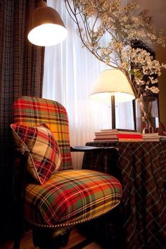 I MUST have a tartan chair. From: the adventures of tartanscot™: tartan Tartan Chair, Tartan Decor, Home Interior, Interior Design, Modern Interior, Ideas Hogar, Take A Seat, Home Remodeling, Log Cabin Homes