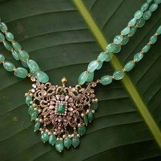 Jewelry Design Earrings, Gold Earrings Designs, Gems Jewelry, Pearl Jewelry, Gold Jewellery, Pendant Jewelry, Jewelery, Gold Wedding Jewelry, Gold Jewelry Simple