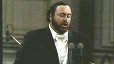 Luciano Pavarotti - Pesaro - 1986 - Lolita - YouTube