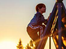 http://www.scholastic.com/parents/resources/article/parent-child/parenting-styles-strict-or-lenient-better