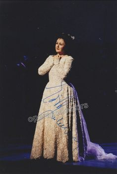 Gruberova, Edita - Signed Photo in I Puritani + Signed Cast Page