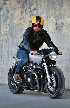 Honda CB750 Seven Fifty 2