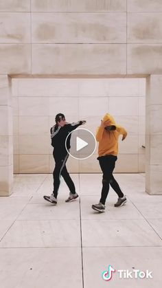 TikTok Videos TikTok Videos,Hip-Hop Nueva coreografía hazla con tus amigos 😍🙏 Related posts: trending moves you want to learn 😲🤩Contemporary dancing moves ideas for. Dance Movies, Dance Music Videos, Dance Choreography Videos, Club Dance Moves, Funny Dance Moves, Cool Dance, Dance Art, Just Dance, Dance Like This