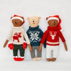 Christmas sweater with deer Yammi Brummi - handmade toys bear smelling coffee and cinnamon. size 34 cm