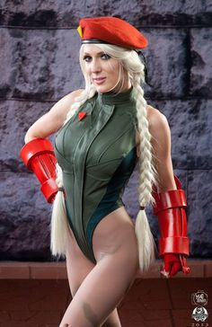 Videogame: Street Fighter. Character: Cammy.  Cosplayer: Kristen Hughey. From: North Augusta, South Carolina, US. Event: Dragon Con 2013. Photo: Mad Scientist Whit A Camera.