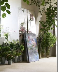 Claire Basler's studio (french artist) Art Therapy Projects, My Art Studio, Floral Wall, French Artists, Plant Decor, Art Studios, Art Oil, Diy Art, Sculpture