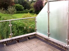 Stainless Steel and Glass Balcony with Privacy Screen