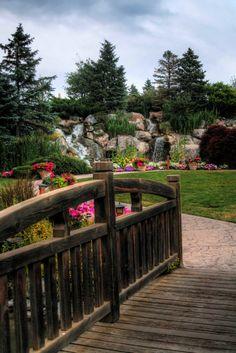 Walk Into My Garden by Laura Johnson, via 500px