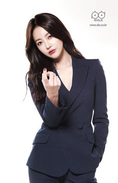 Come Back, Mister character posters and stills reveal complicated and hilarious body swap Oh Yeon Seo, who has Kim Soo Ro's soul in her body. Korean Star, Korean Girl, Please Come Back Mister, Korean Beauty, Asian Beauty, Korean Celebrities, Celebs, Asian Woman, Asian Girl