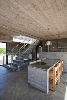 House On The Beach / BAK Architects