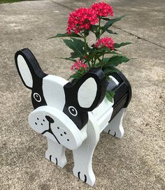 Wooden Planters - Dalmatian With Dog Tag Also have Pig, Frog, Swan and Cow available Well built - Nailed and Glued Planter sprayed with Lacquer for more protection Wood Crafts, Diy And Crafts, Crayon Holder, Wooden Planters, Wooden Animals, Wood Toys, Flower Boxes, Old Wood, Wooden Doors