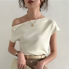2019 Korean Style Knitted Top Women T Shirt Summer Sexy One Shoulder Ice Silk Kn. 2019 Korean Style Knitted Top Women T Shirt Summer Sexy One Shoulder Ice Silk Knitting Tshirt Casual Street Chic Tees 7 . Pijamas Women, Street Style Chic, Chic Summer Style, Casual Summer, 1950s Fashion Dresses, Fashion 1920s, 1950s Dresses, Striped Crop Top, Striped Dress