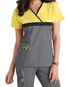 WonderWink Origins Tri-charlie Contrast Trim Scrub Tops | Scrubs & Beyond Dental Uniforms, Work Uniforms, Scrubs Outfit, Scrubs Uniform, Scrubs Pattern, Landau Scrubs, Stylish Scrubs, Cute Scrubs, Iranian Women Fashion